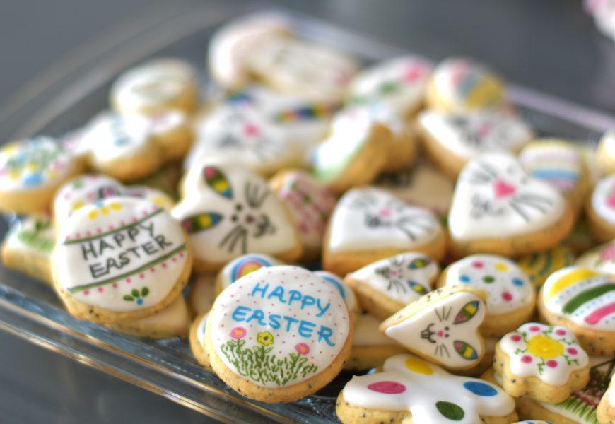 Easter Poppy Seed Cookies| Celebrating Easter