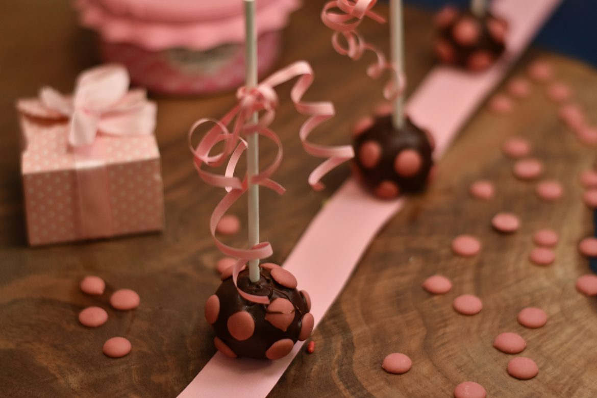 Ruby Chocolate cake pops, RB1, Callebaut